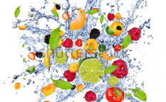 Stock-photo-fruit-mix-in-water-splash-isolated-on-white-background-101168929