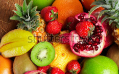 Stock-photo-mixed-fruits-105734606