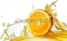 Stock-photo-orange-slice-in-juice-stream-73109935