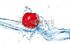 Stock-photo-red-apple-and-water-splash-isolated-on-white-62710630