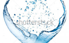 Stock-photo-valentine-heart-made-of-blue-water-splash-isolated-on-white-background-93342712